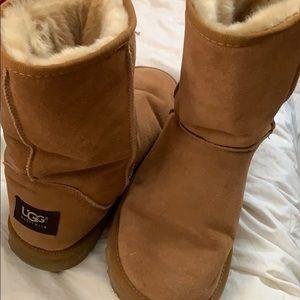 Carmel Classic Short UGG boots